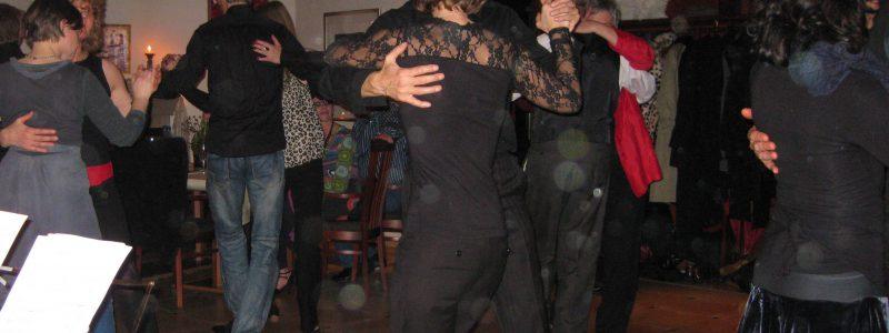 tango viele
